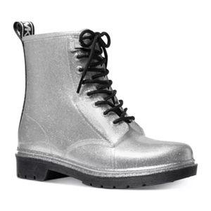 Michael kors tavie rain boots